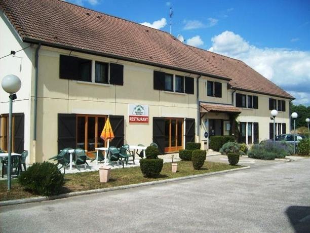 Hotel restaurant le pressoir appoigny confronta offerte for Le pressoir restaurant