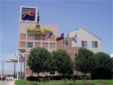 Holiday Inn Express Rockwall