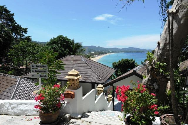 Phuket Guest Friendly Hotels - Karon Cliff Bungalows Bungalows