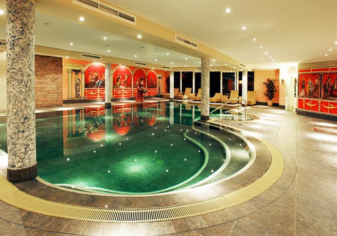 Hotel bel air romantik spa echternach compare deals for Salon bel air foot