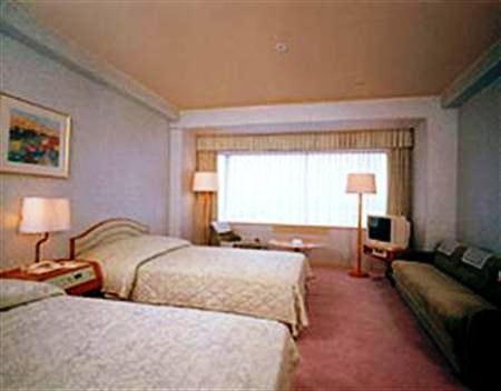 Yokohama Prince Hotel