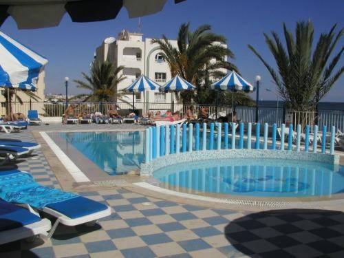 Hotel Dreams Beach Sousse Compare Deals