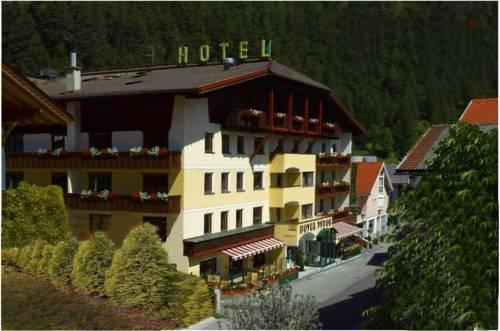 Hotel Tyrol Pfunds Compare Deals