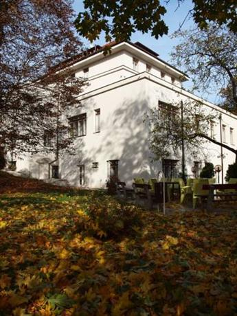 Pension Domov Mladeze Jana Hotel
