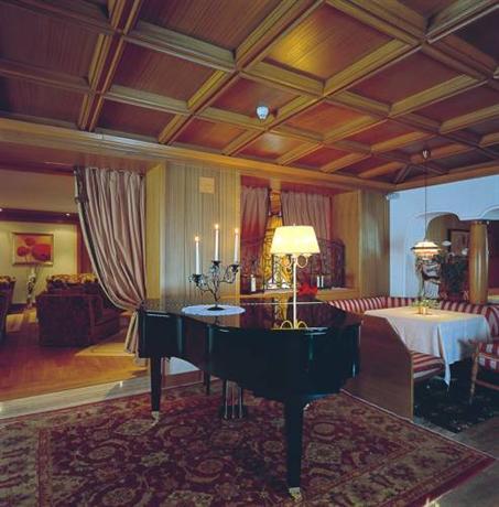 Hotel genziana selva di val gardena compare deals for Design hotel val gardena