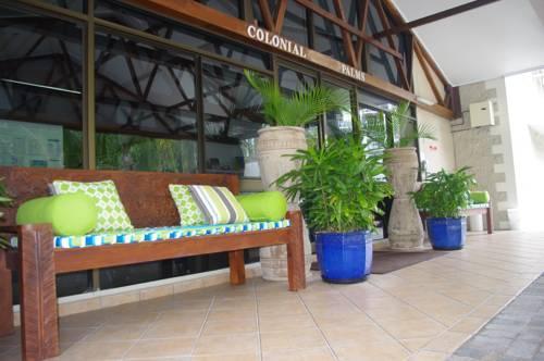 Colonial palms motor inn airlie beach compare deals for Colonial palms motor inn