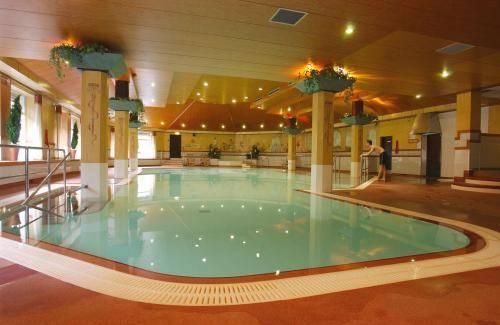 Glenavon House Hotel Cookstown Compare Deals