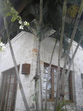 Taman Suci Villa