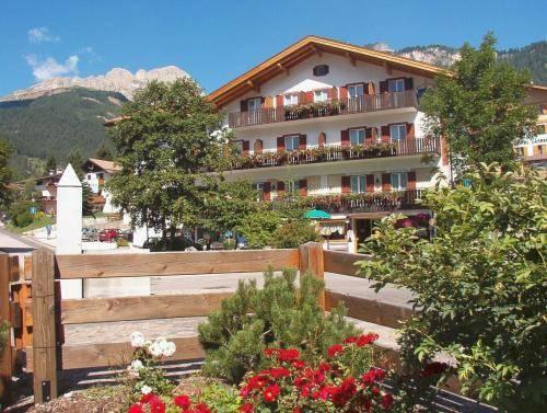 Cristallo Hotel Vigo di Fassa