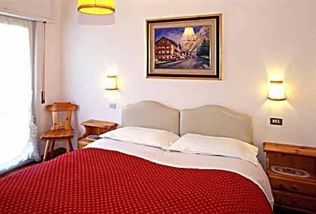 hotel meuble fiori san vito di cadore compare deals