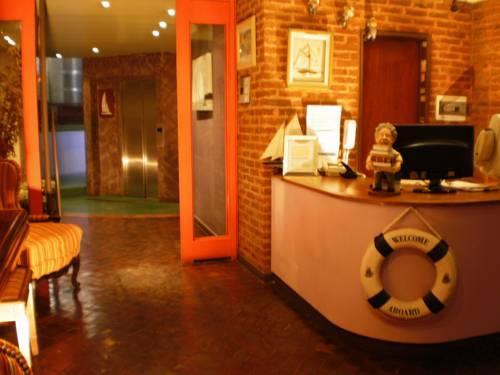 Puerto marina suites hotel spa buscador de hoteles for Buscador de spa