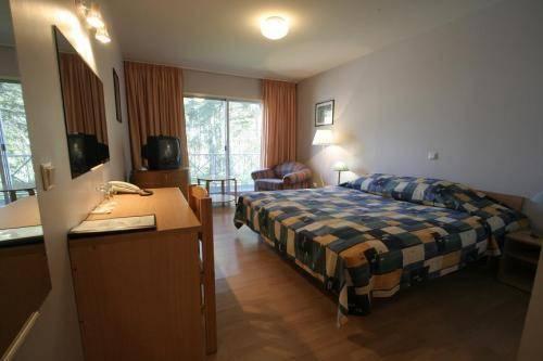 Peoleo Hotell