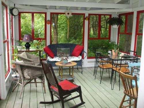 Maison et jardin monarde saint augustin de desmaures for Maison et jardin