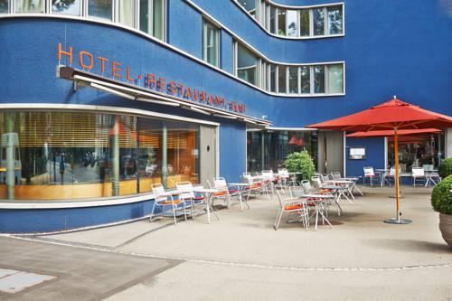 Greulich design hotel zurich compare deals for Design hotel zurich