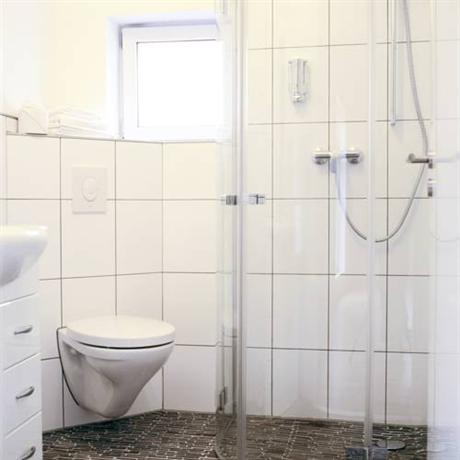 messeschlaf messezimmer d sseldorf die g nstigsten. Black Bedroom Furniture Sets. Home Design Ideas