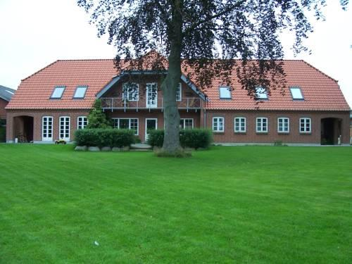 Nygaard Holiday Apartments