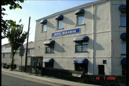 Miramar Hotel Llanelli