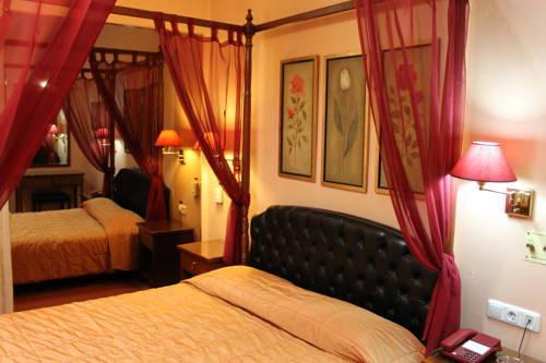Exis boutique hotel athens compare deals for Boutique hotel athenes