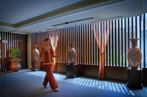 Rattan Inn Hotel Banjarmasin Compare Deals