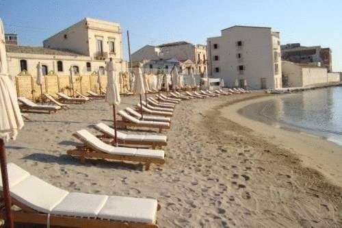 Musciara siracusa resort syracuse compare deals for Siracusa beach hotel