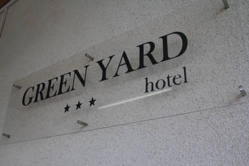 Green Yard Hotel