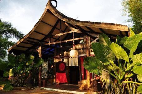 Secret sanctuary boutique hotel kuching compare deals for Secret boutique hotels