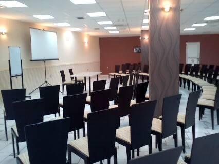 Hotel Aurora Novi Sad Compare Deals