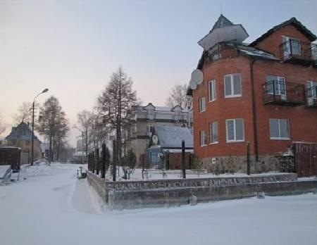 Lubov Hotel