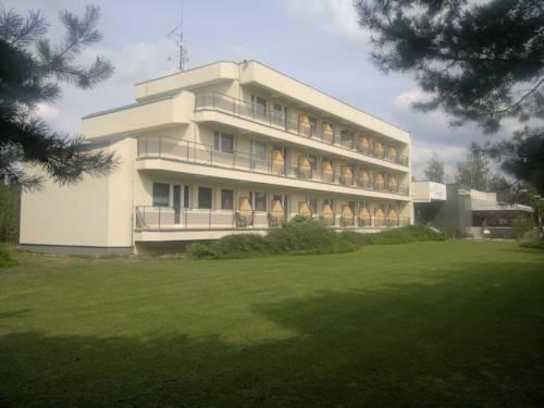 Hotel Perla Nove Mesto Nad Vahom