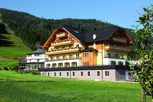 Landhotel Almstubn Sankt Margarethen im Lungau