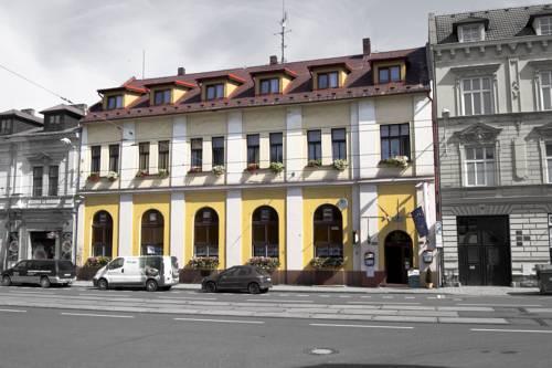 Hotel Max Simek