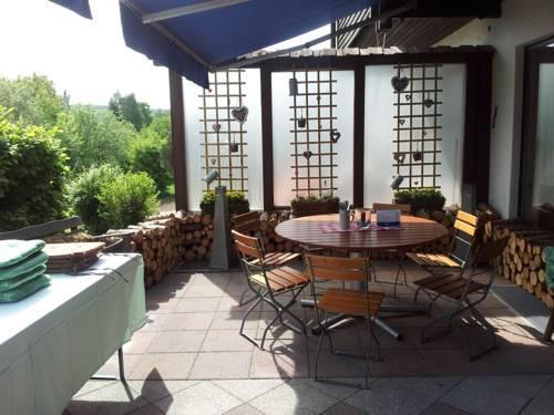 Landgasthof Proll Eichstatt - Compare Deals