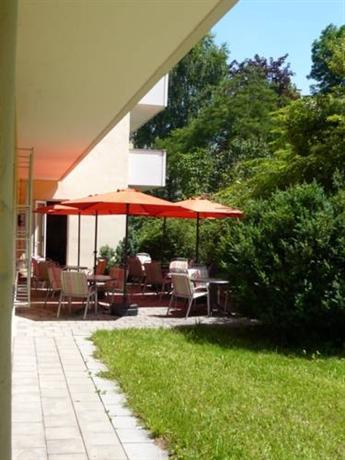 Hotel Biederstein Am Englischen Garten Munich Compare Deals