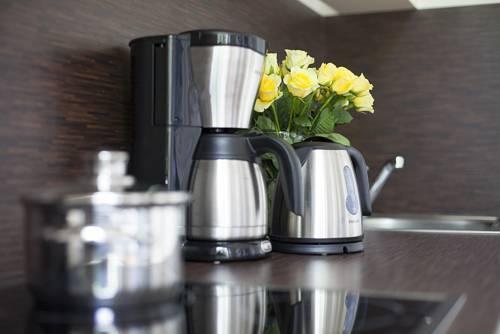 studio 44 leipzig encuentra el mejor precio. Black Bedroom Furniture Sets. Home Design Ideas