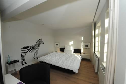 Rosenbohm designhotel oldenburg compare deals for Design hotel oldenburg