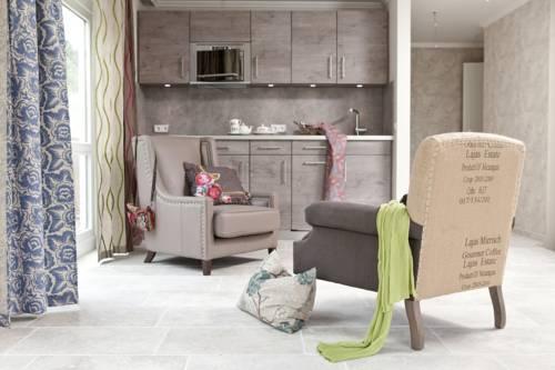 apartmenthotel am leuchtturm h rnum die g nstigsten. Black Bedroom Furniture Sets. Home Design Ideas