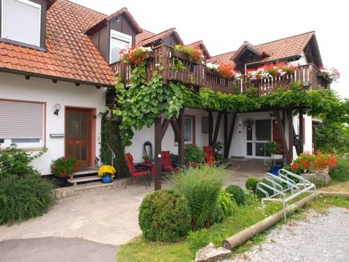 Kirschberghof Gastehaus und Weinverkauf