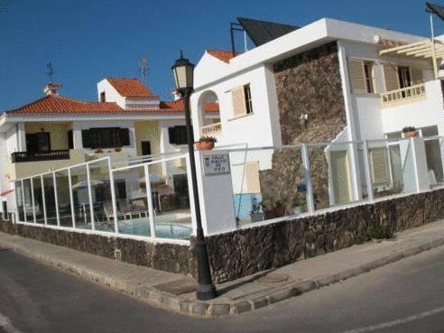 Apartamentos juan benitez fuerteventura la oliva compare deals - Apartamentos baratos fuerteventura ...