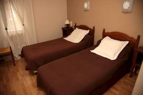 hotel le moderne remoulins compare deals