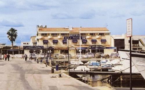Hotel le maray le grau du roi compare deals for Hotels grau du roi