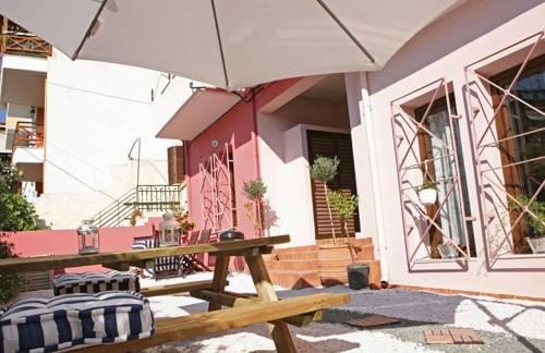 little big house thessaloniki compare deals. Black Bedroom Furniture Sets. Home Design Ideas
