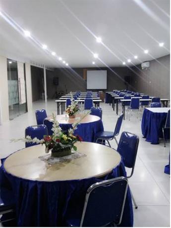 Anaya Home Hotel Medan Compare Deals