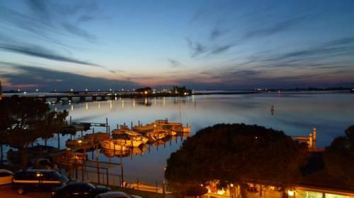Meuble Tripoli