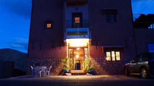 Maison d 39 hotes restaurant chez l 39 habitant amazigh boumalne dades c - Amsterdam chez l habitant ...