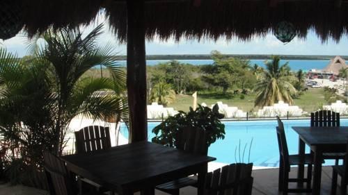 Villas bakalar bacalar compare deals for Hotel luxury villas bacalar