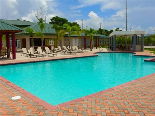 Hotel Treasure Island Cidra