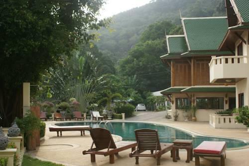 Phuket Guest Friendly Hotels - Prince Edouard Resort