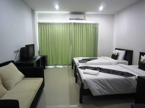 Krabi hipster hotel compare deals for Hipster hotel
