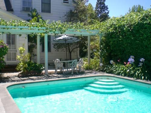Victorian Garden Inn Sonoma