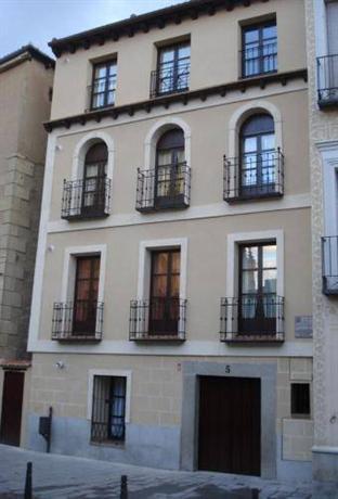 Refitoleria apartamentos segovia compare deals - Apartamentos aralso segovia ...